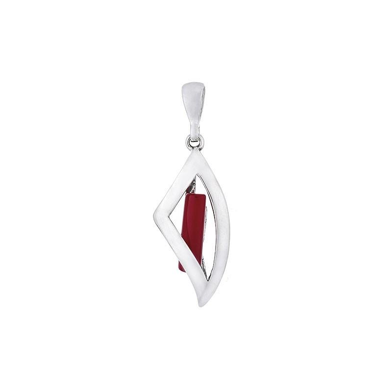Piękny srebrny wisiorek w ciekawym lekko trójkątnym kształcie z czerwonym koralem.