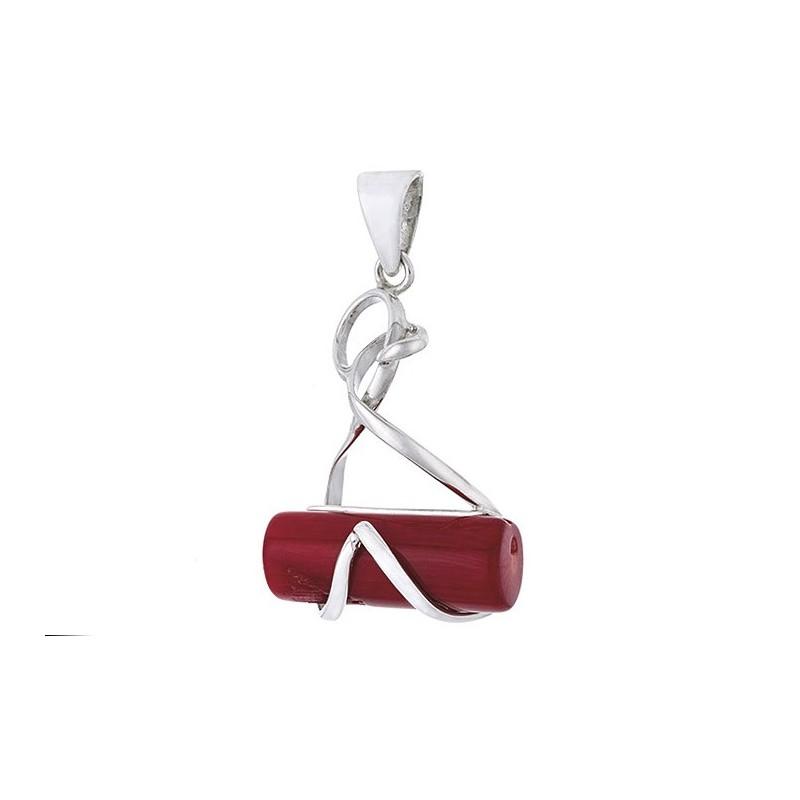 Ciekawy wisiorek ze srebra próby 925 z dużym wałeczkiem czerwonego koralu.