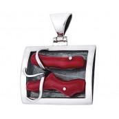Wisiorek ze srebra 925 całkowicie ręcznie robiony w kształcie ramki z dwoma pięknymi czerwonymi koralami.