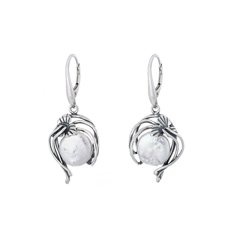 Piękne wiszące kolczyki ze srebra 925 z naturalna perłą.