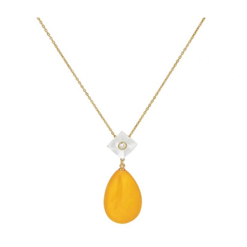 Pozłacany naszyjnik ze srebra 925 z zawieszka z  masą perłowa, cyrkonią i dużym bursztynowym soplem w białym kolorze.