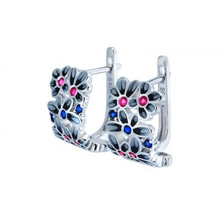 Kolczyki srebrne próby 925 z kolorowa emalią i cyrkoniami w kształcie  kilku drobnych kwiatuszków.