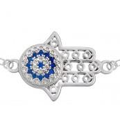 Bransoletka celebrytka ze srebra 925 z Ręką Fatimy ozdobionej niebieskimi i białymi cyrkoniami.