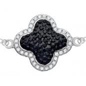 Bransoletka ze srebra 925  celebrytka z zawieszką o kształcie koniczynki  w kolorze czarnym otoczonej cyrkoniami.
