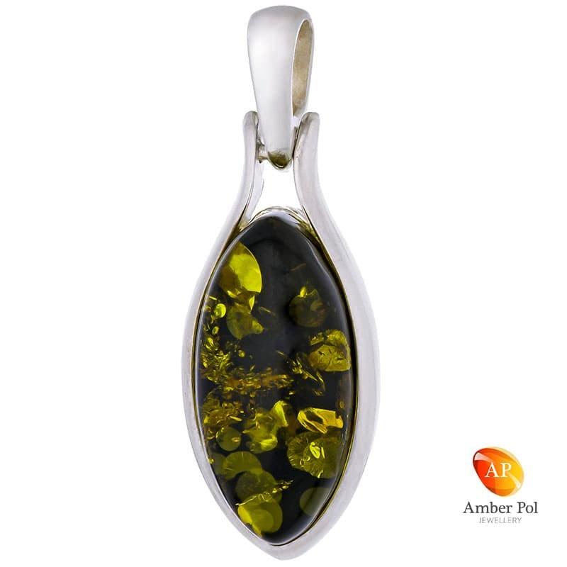 Piękny wisiorek ze srebra próby 925 z bursztynem w zielonym kolorze o wydłużonym kształcie.