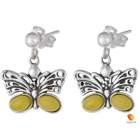 Kolczyki wiszące ze srebra 925 motylek, na zawieszkę typu sztyft z kulką i dwoma bursztynami na skrzydełku w  kolorze białym.
