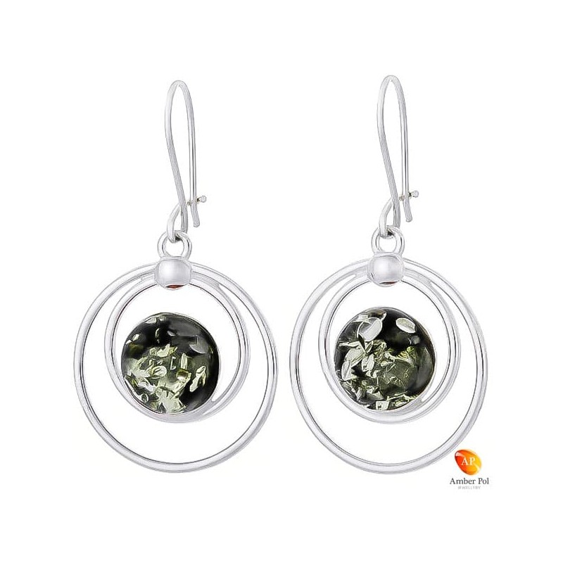 Piękne wiszące kolczyki ze srebra próby 925 na zawieszce bigiel zapinany i okrągłym zielonym bursztynem.