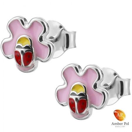Kolczyki dziecięce czerwone biedronki na różowym kwiatku wykonane ze srebra 925 i emalii